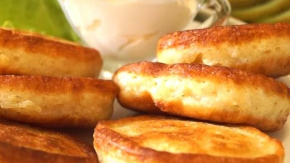 Рецепт оладушек на молоке без дрожжей с фото пошагово