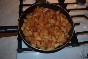 Жареные пирожки с яблоком - 3
