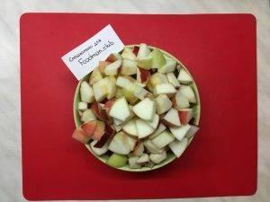 Шарлотка с яблоками классическая - 3