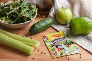 Весенний салат с зеленым яблоком - 0