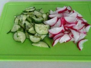 Весенний салат с черемшой - 1