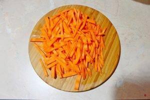 Салат с овощами и сельдью - 0