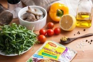 Салат с креветками, рукколой и горчичной заправкой - 0