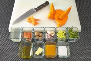 Теплый салат с мини-кальмарами - 0