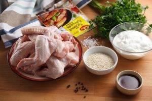 Крылья барбекю с соусом из греческого йогурта и петрушки - 0