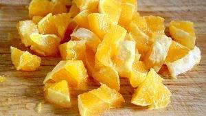 Сладкий салат из фруктов и грецких орехов - 0