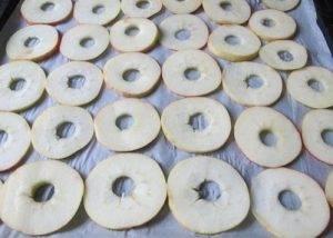 Яблочные чипсы с корицей - 0