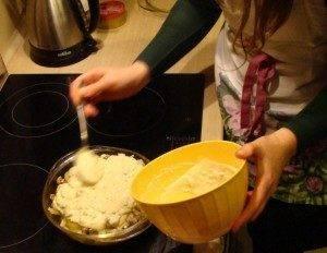 Треска в духовке с грибами и луком - 1