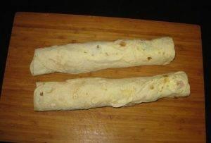 Рулет из лаваша с ветчиной и сыром - 1