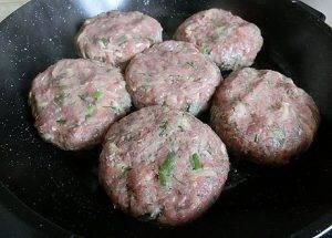 Котлеты из говядины с картофелем - 2