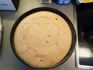 Клубничный бисквитный торт - 1
