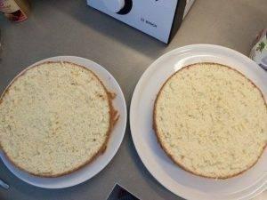 Клубничный бисквитный торт - 2