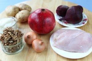 Салат с курицей и гранатом «Гранатовый браслет» - 0