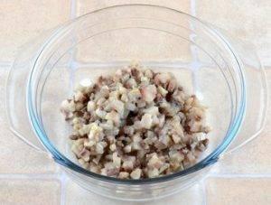 Закуска из селедки и плавленого сыра - 1