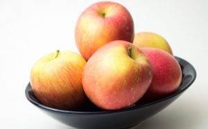 Печеные яблоки с корицей - 0