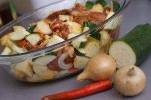 Свинина с картошкой и кабачками в духовке - 0