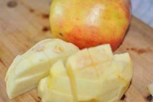 Свинина с капустой и яблоком в духовке - 0