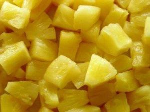 Салат с курицей и ананасами «Бесподобный ананас» - 2