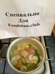 Суп с куриными крыльями и замороженным горохом - 6