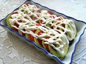 Овощная запеканка из помидоров, кабачков и болгарского перца - 2