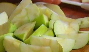 Куриная печень с яблоками - 0