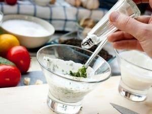 Cвиной шницель с йогуртовым соусом - 1