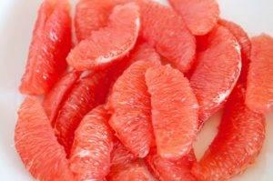Салат с авокадо и креветками - 1