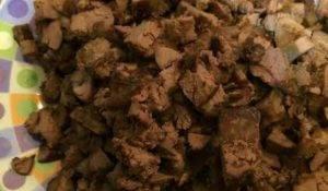 Печень и сердце курицы с орехами - 4