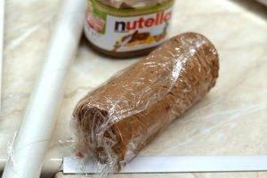 Десерт из сливочного сыра, нутеллы и печенья - 3