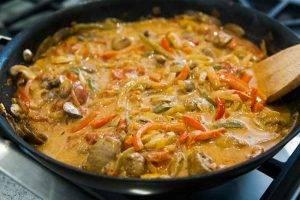 Рагу из свинины с перцем и грибами - 3