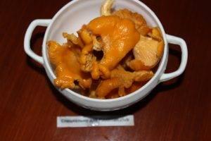 Картофель, жаренный с лисичками - 0