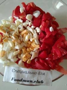 Салат с помидорами и чечевицей - 2