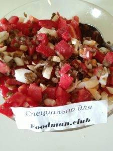 Салат с помидорами и чечевицей - 3