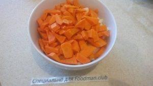 Жареные куриные сердечки с макаронами и овощами - 3