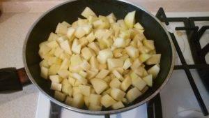 Жареная картошка с луком - 3