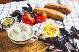 Быстрый суп с горячим бутербродом «Капрезе» - 0