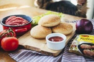 Домашние бургеры с котлетой - 0