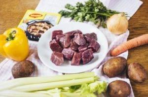 Суп-гуляш из говядины с овощами - 0