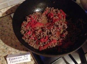 Спагетти с фаршем и овощами - 3