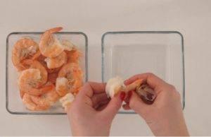 Салат с креветками и кунжутом - 1