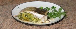 Фаршированная рыба, запеченная в духовке - 3