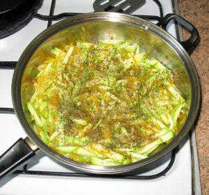 Фаршированная рыба, запеченная в духовке - 0