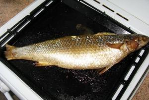 Фаршированная рыба, запеченная в духовке - 2