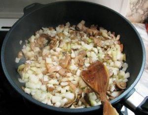 Запеченная картошечка с грибами в духовке - 1