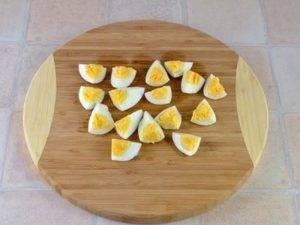 Салат из капусты с яйцами - 1
