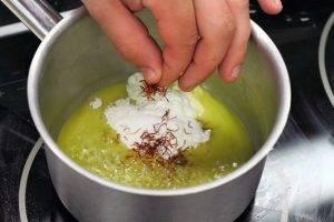 Щука в шафрановом соусе - 2