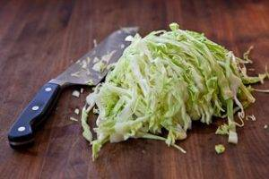 Жареная капуста с белой фасолью - 2