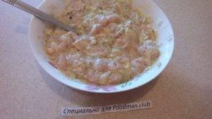 Куриные оладушки с сыром и чесноком - 3