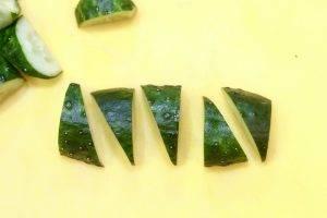 Салат с редиской и огурцами - 1