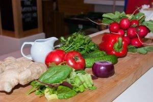 Салат овощной с имбирной заправкой - 0